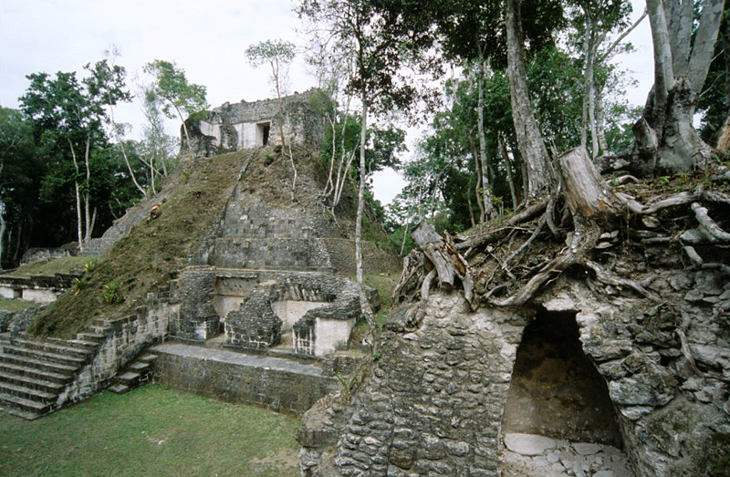 Structure E excavated and restored during the Triangulo Project research
